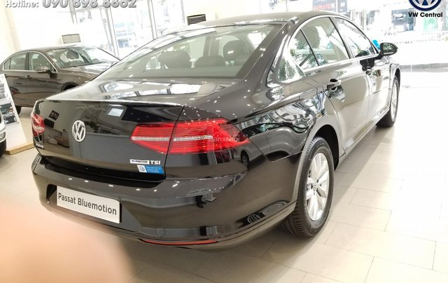 Volkswagen Passat Bluemotion - Xe Đức nhập khẩu, tặng 100% phí trước bạ | Hotline: 090-898-886217