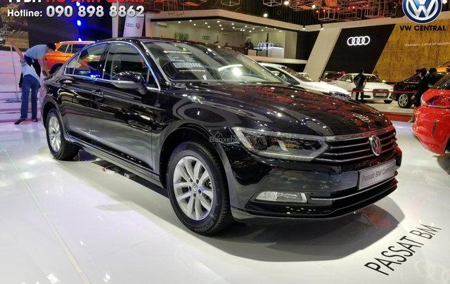 Volkswagen Passat Bluemotion Comfort - Tặng 100% phí trước bạ, hỗ trợ trả góp 80%, hotline: 090-898-88623