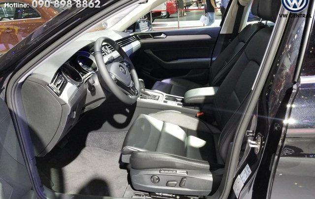 Volkswagen Sài Gòn cần bán chiếc xe Volkswagen Passat Comfort năm 2018, màu xanh lam - Giá tốt nhất thị trường 7