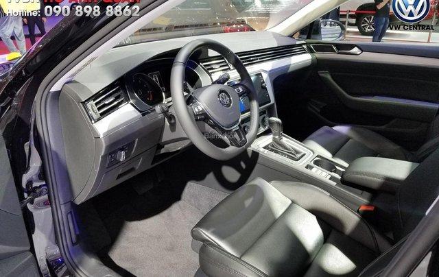 Volkswagen Sài Gòn cần bán chiếc xe Volkswagen Passat Comfort năm 2018, màu xanh lam - Giá tốt nhất thị trường 11