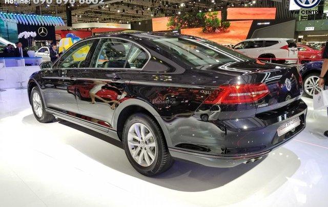 Volkswagen Passat Bluemotion Comfort - Tặng 100% phí trước bạ, hỗ trợ trả góp 80%, hotline: 090-898-886218