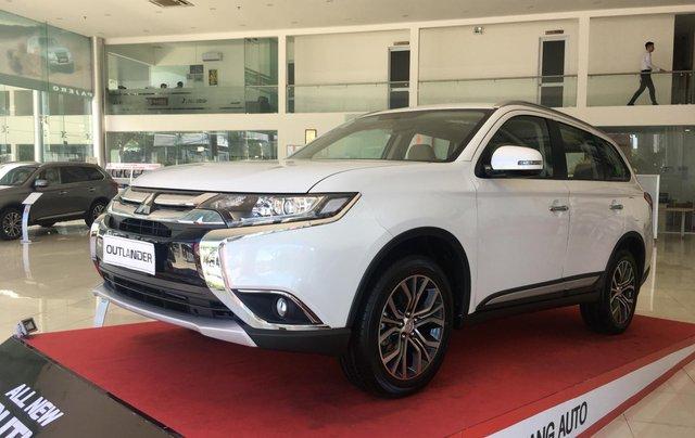Mitsubishi Outlander giao ngay, góp 80% tại Đà Nẵng - LH 09319114440