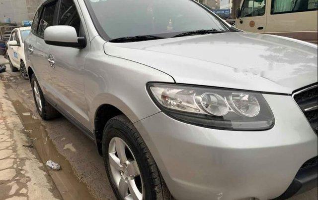 Cần bán xe Hyundai Santa Fe sản xuất năm 2009, giá tốt0