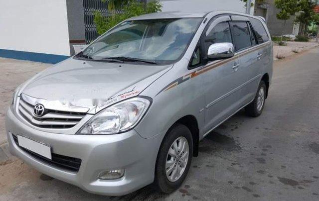 Cần bán gấp Toyota Innova sản xuất năm 2010, màu bạc, nhập khẩu còn mới, giá tốt1