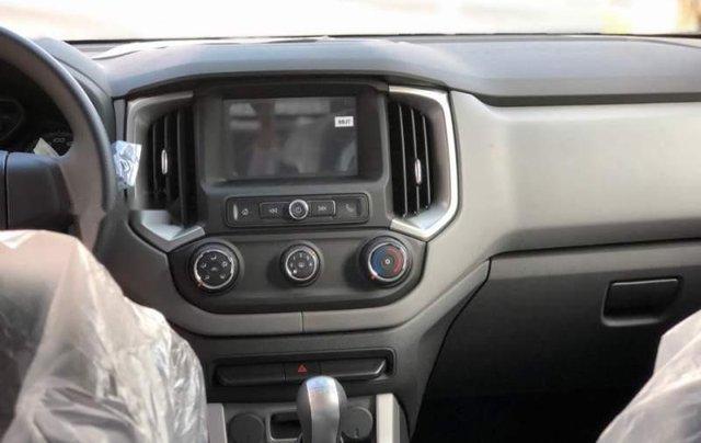 Bán Chevrolet Colorado năm sản xuất 2019, màu đen, nhập khẩu4