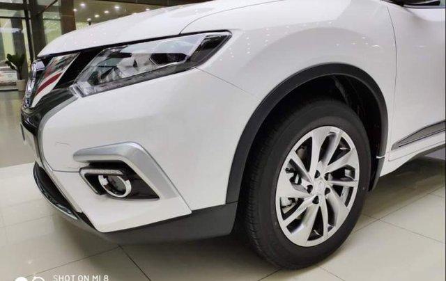 Cần bán xe Nissan X trail đời 2018, màu trắng, giảm giá kịch sàn3
