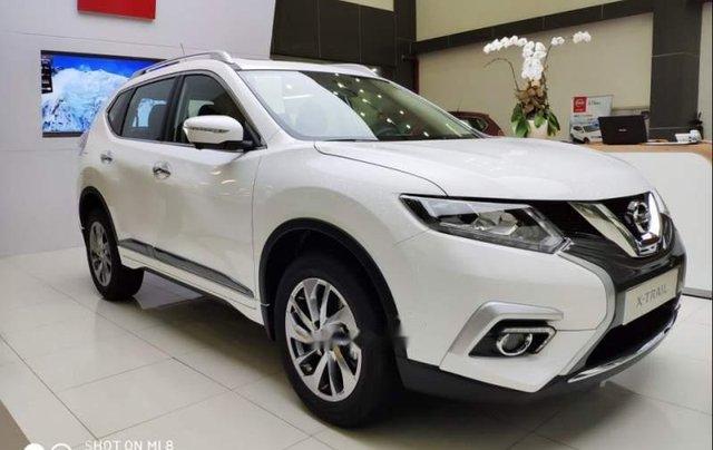 Cần bán xe Nissan X trail đời 2018, màu trắng, giảm giá kịch sàn0