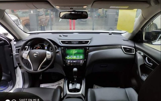Cần bán xe Nissan X trail đời 2018, màu trắng, giảm giá kịch sàn5