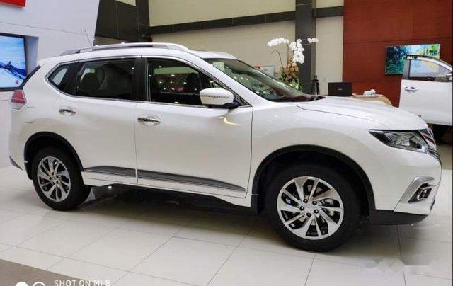 Cần bán xe Nissan X trail đời 2018, màu trắng, giảm giá kịch sàn1