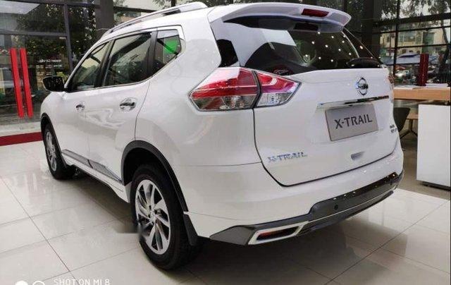 Cần bán xe Nissan X trail đời 2018, màu trắng, giảm giá kịch sàn4