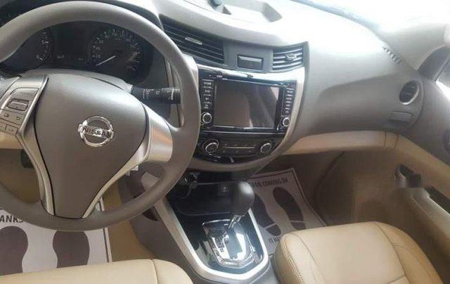 Giảm giá tối đa, Nissan Navara đời 2018, màu trắng1