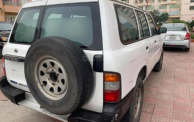 Bán xe Nissan Patrol 4x2 MT năm sản xuất 1992, màu trắng, xe nhập1