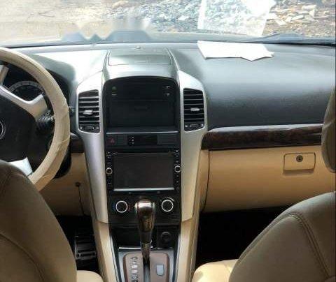 Cần bán gấp Chevrolet Captiva sản xuất năm 2009, màu đen còn mới, giá 333tr1
