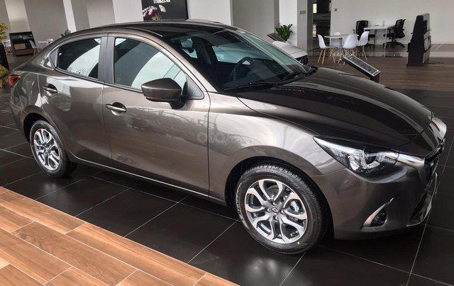 Bán Mazda 2 nhập 2019 mới 100% - 140tr lấy xe1