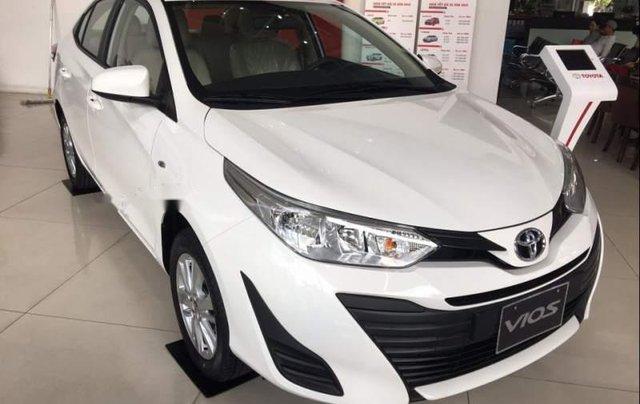 Bán Toyota Vios đời 2019, màu trắng, giá tốt2