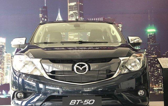 Bán tải BT50 2.2 ATH, giảm tiền mặt + tặng bảo hiểm vật chất khi mua xe trong tháng0