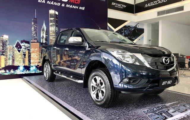 Bán tải BT50 2.2 ATH, giảm tiền mặt + tặng bảo hiểm vật chất khi mua xe trong tháng5