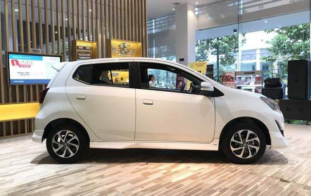 Bán Toyota Wigo sản xuất 2019, màu trắng, xe nhập5