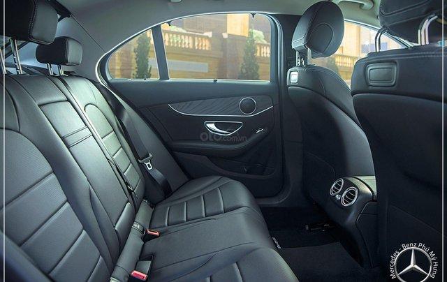 Mercedes Benz C200 new - Khuyến mãi khủng trong tháng 8 - Hỗ trợ 100% phí trước bạ - LH: 0919 528 5206