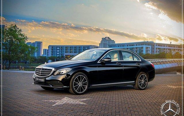 Mercedes-Benz C200 Exclusive - Hỗ trợ 100% phí trước bạ - Ưu đãi khủng trong tháng. LH: 0919 528 5200