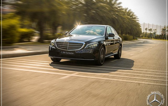 Mercedes-Benz C200 Exclusive - Hỗ trợ 100% phí trước bạ - Ưu đãi khủng trong tháng. LH: 0919 528 52011