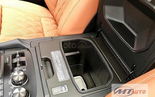 Bán xe Lexus LX570 - 4 chỗ SX 2018, màu đen độ MBS Trung Đông15
