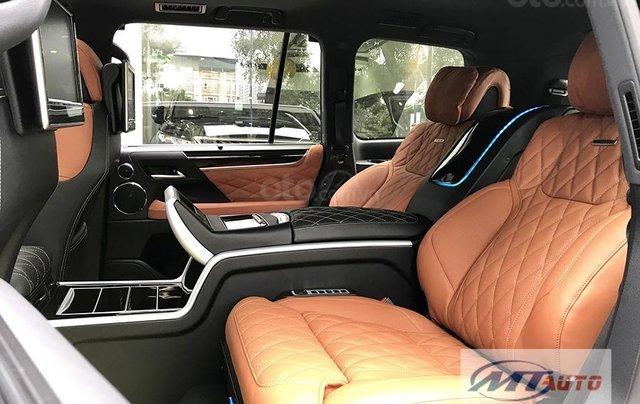 Bán xe Lexus LX570 - 4 chỗ SX 2018, màu đen độ MBS Trung Đông16