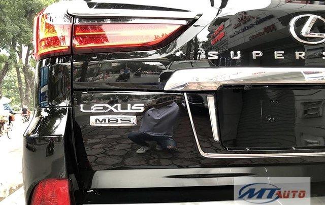 Bán xe Lexus LX570 - 4 chỗ SX 2018, màu đen độ MBS Trung Đông21