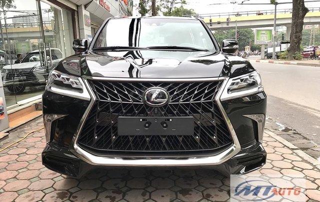 Bán xe Lexus LX570 - 4 chỗ SX 2018, màu đen độ MBS Trung Đông0