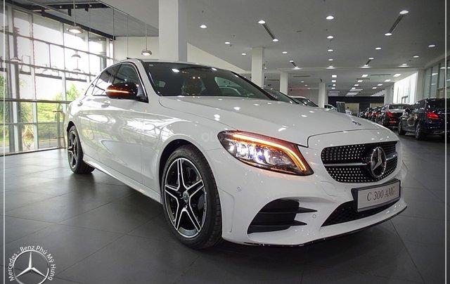 Cơ hội để sỡ hữu xe Mercedes-Benz C300 AMG 2020 với giá bán tốt nhất ngay thời điểm này5