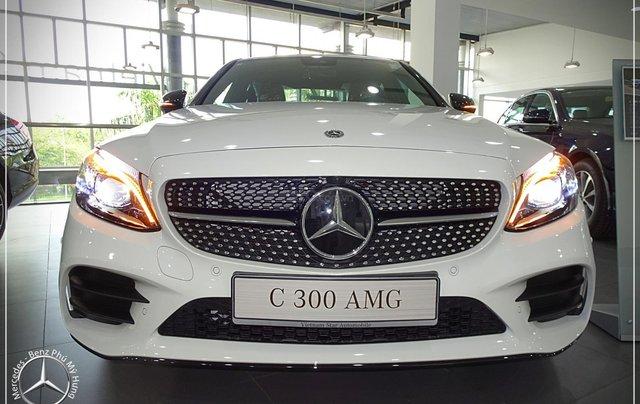 Cơ hội để sỡ hữu xe Mercedes-Benz C300 AMG 2020 với giá bán tốt nhất ngay thời điểm này6