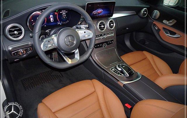 Cơ hội để sỡ hữu xe Mercedes-Benz C300 AMG 2020 với giá bán tốt nhất ngay thời điểm này8