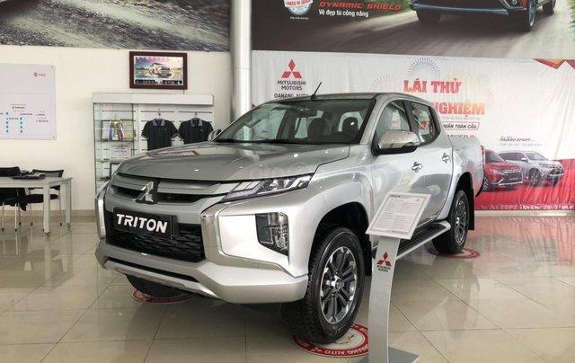 [Siêu hot] Mitsubishi Triton 2019, màu bạc, nhập khẩu Thái, đẳng cấp phân khúc, cho vay 80%. LH: 0905.91.01.990