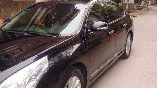 Bán xe cũ Nissan Teana 2.0AT 2010, màu đen9