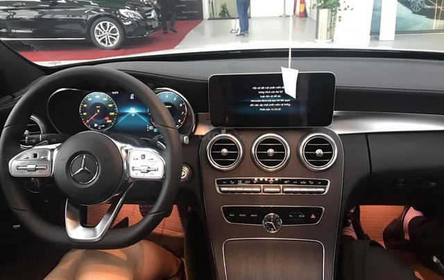 Bán Mercedes 300 AMG 2019 - Giá tốt nhất cả nước - 093154886610