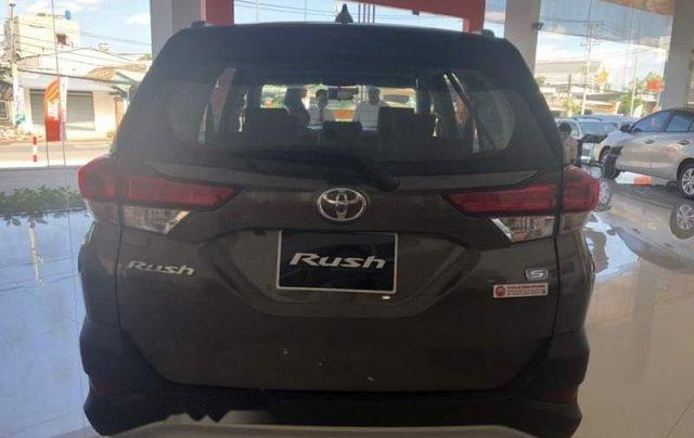Bán Toyota Rush 1.5AT đời 2019, nhập khẩu, 668tr5