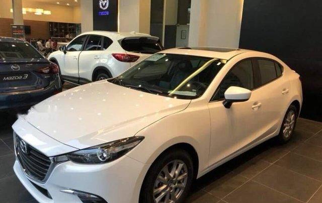 Cần bán xe Mazda 3 1.5AT đời 2019, màu trắng3