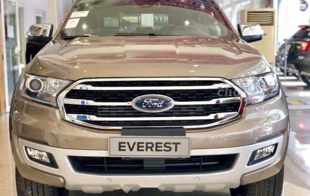 Bán Ford Everest sản xuất năm 2019, xe nhập0