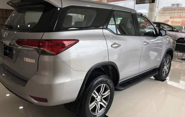 Bán Toyota Fortuner 2.4G 2019, màu bạc, nhập khẩu  1