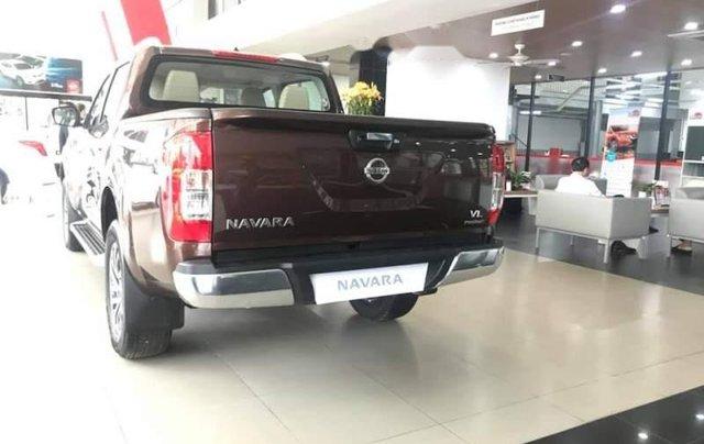 Bán ô tô Nissan Navara năm sản xuất 2018, màu nâu1