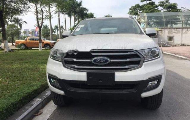Bán Ford Everest đời 2019, màu trắng, xe nhập 0
