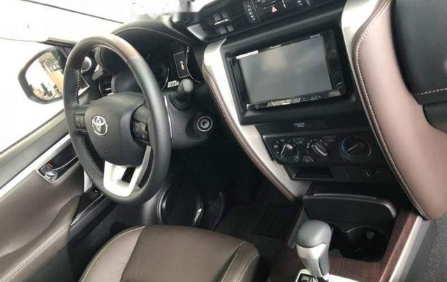 Bán Toyota Fortuner 2.4G 2019, màu bạc, nhập khẩu  3