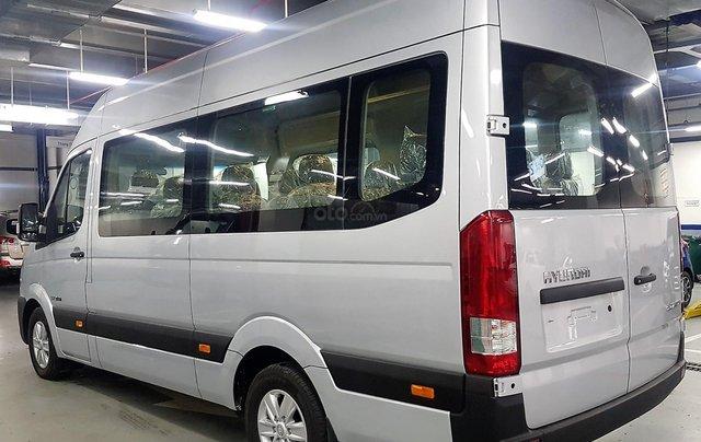 Bán ô tô Hyundai Solati 2018, màu bạc, có giao ngay. LH: 09716262383