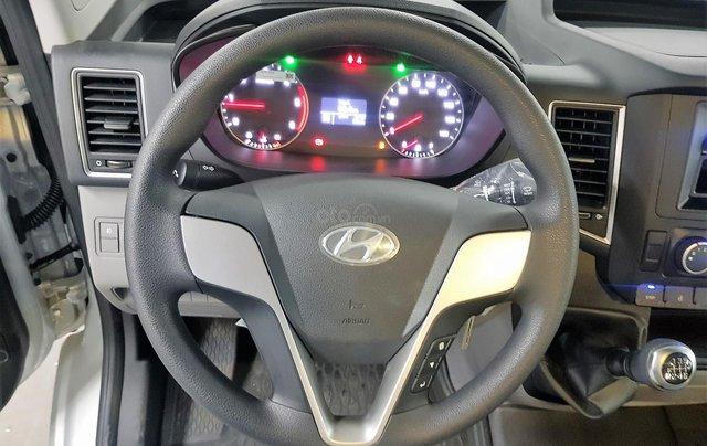 Bán ô tô Hyundai Solati 2018, màu bạc, có giao ngay. LH: 097162623810