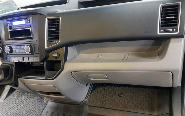 Bán ô tô Hyundai Solati 2018, màu bạc, có giao ngay. LH: 097162623817