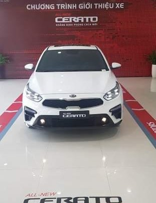 Bán ô tô Kia Cerato năm 2019, màu trắng, giá tốt0