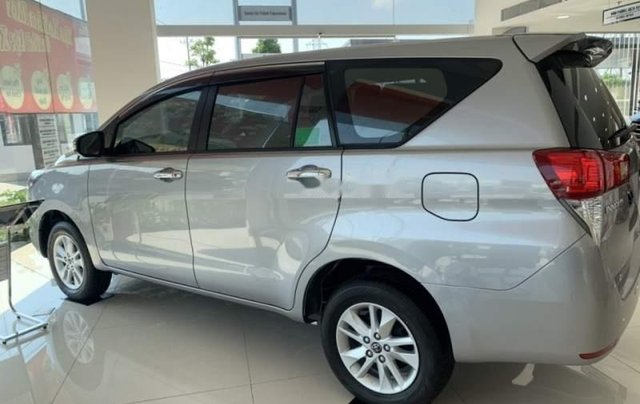 Bán xe Toyota Innova năm 2019, giá chỉ 741 triệu3