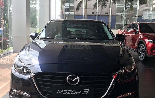 Bán Mazda 3 1.5 Sedan 2019, vay 85%, trả trước 175tr0