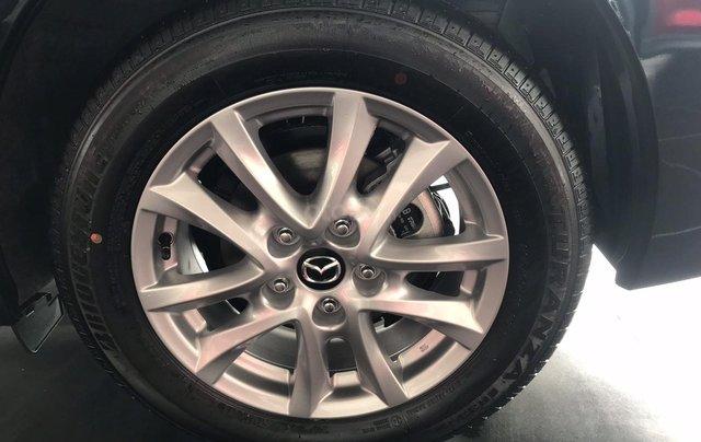 Bán Mazda 3 1.5 Sedan 2019, vay 85%, trả trước 175tr4