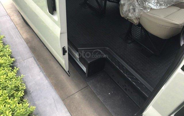 Tư vấn bán Ford Transit 2.4 L SVP sản xuất 2019, giá tốt tặng full phụ kiện, hỗ trợ trả góp cao - LH 09742860096